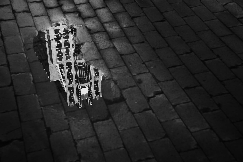 Rain reflections - Tips cityscape photography